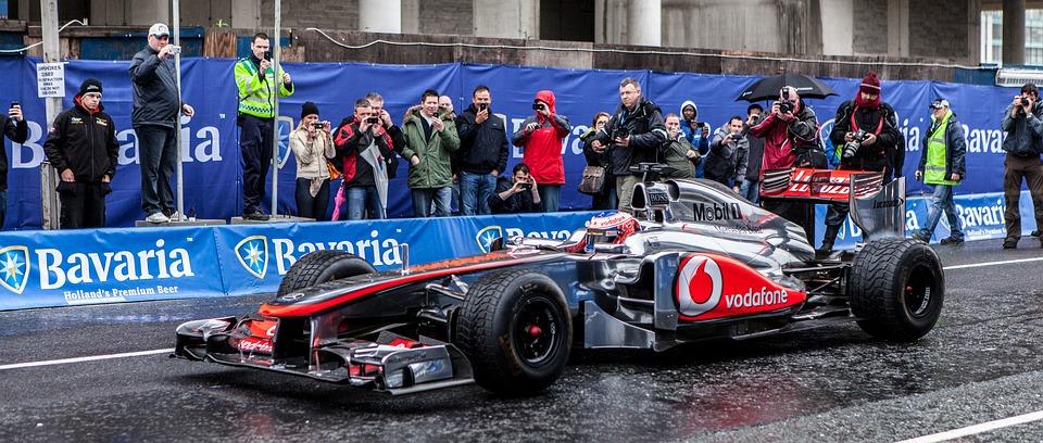 Formule 1 sous la pluie