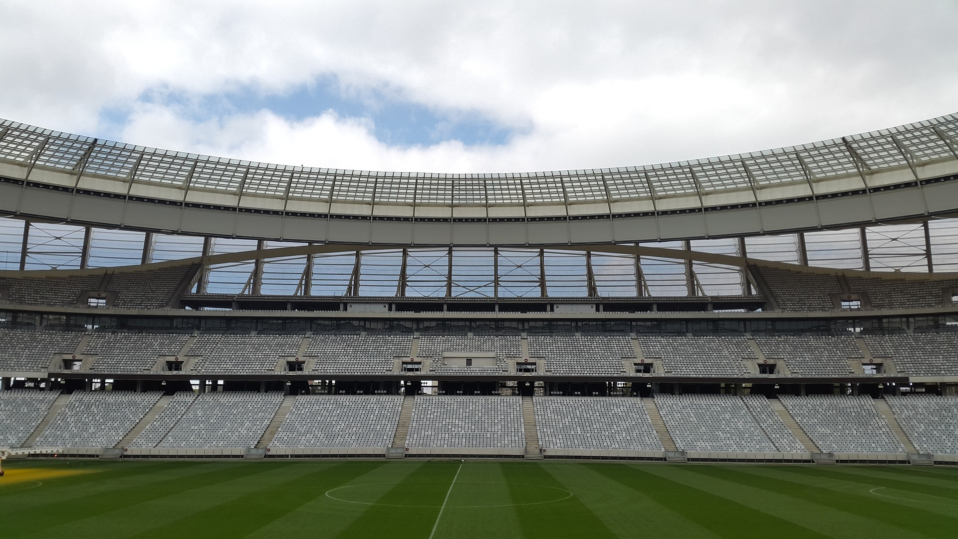 stadium-1082235_1920